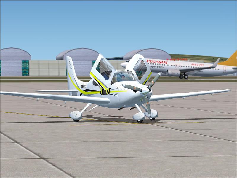 Cirrus SR20 (screenshots)